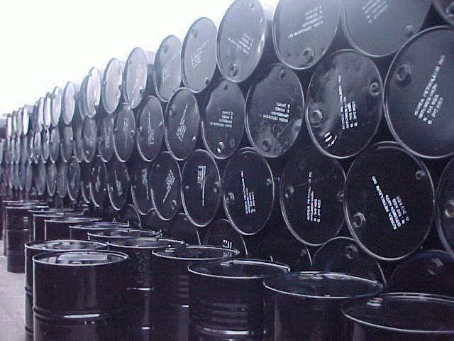 Physical crude oil trading strategies